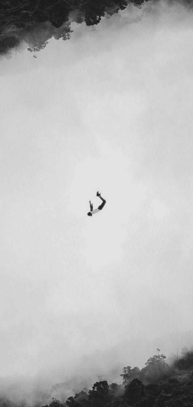 Minimalism Flight Jump 1080x2270 768x1614