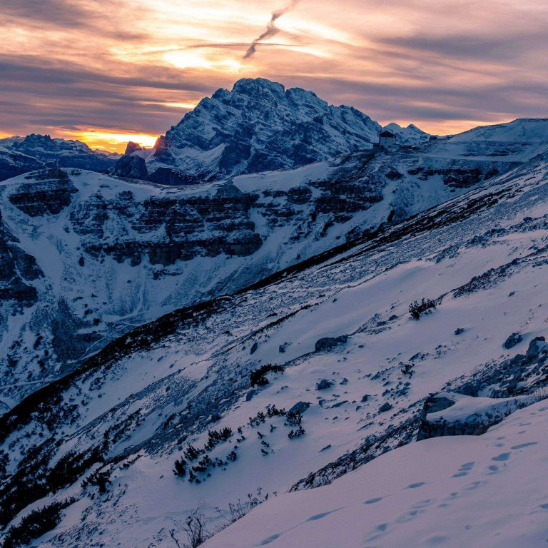 Mountain Snow Peaks 2780x2780 768x768