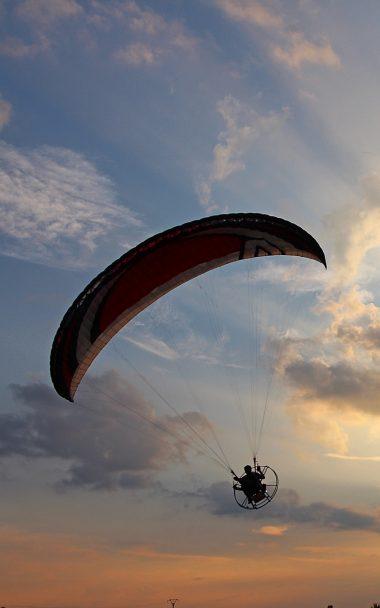 Paraglider Flight Sky Sunset 800x1280 380x608