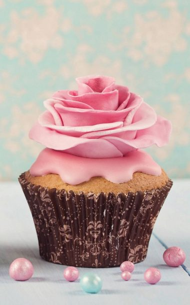 Pink Flower Cup Cake 800x1280 380x608