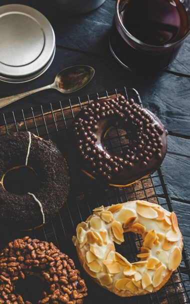 Sweet Donuts Icing Tea 800x1280 380x608