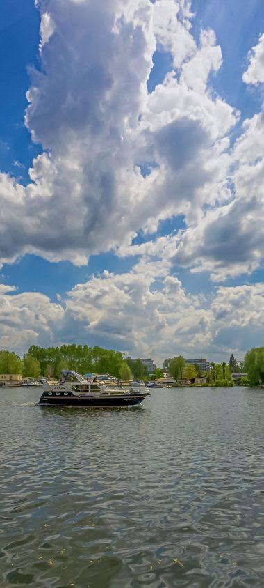 Berlin Koepenick River Boat Sky 1080x2400 380x844