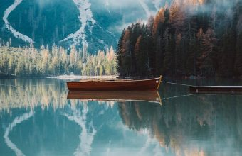 Boat Mountains Lake 1024x600 340x220
