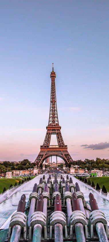 Eiffel Tower Paris Gold Evening France 1080x2400 380x844