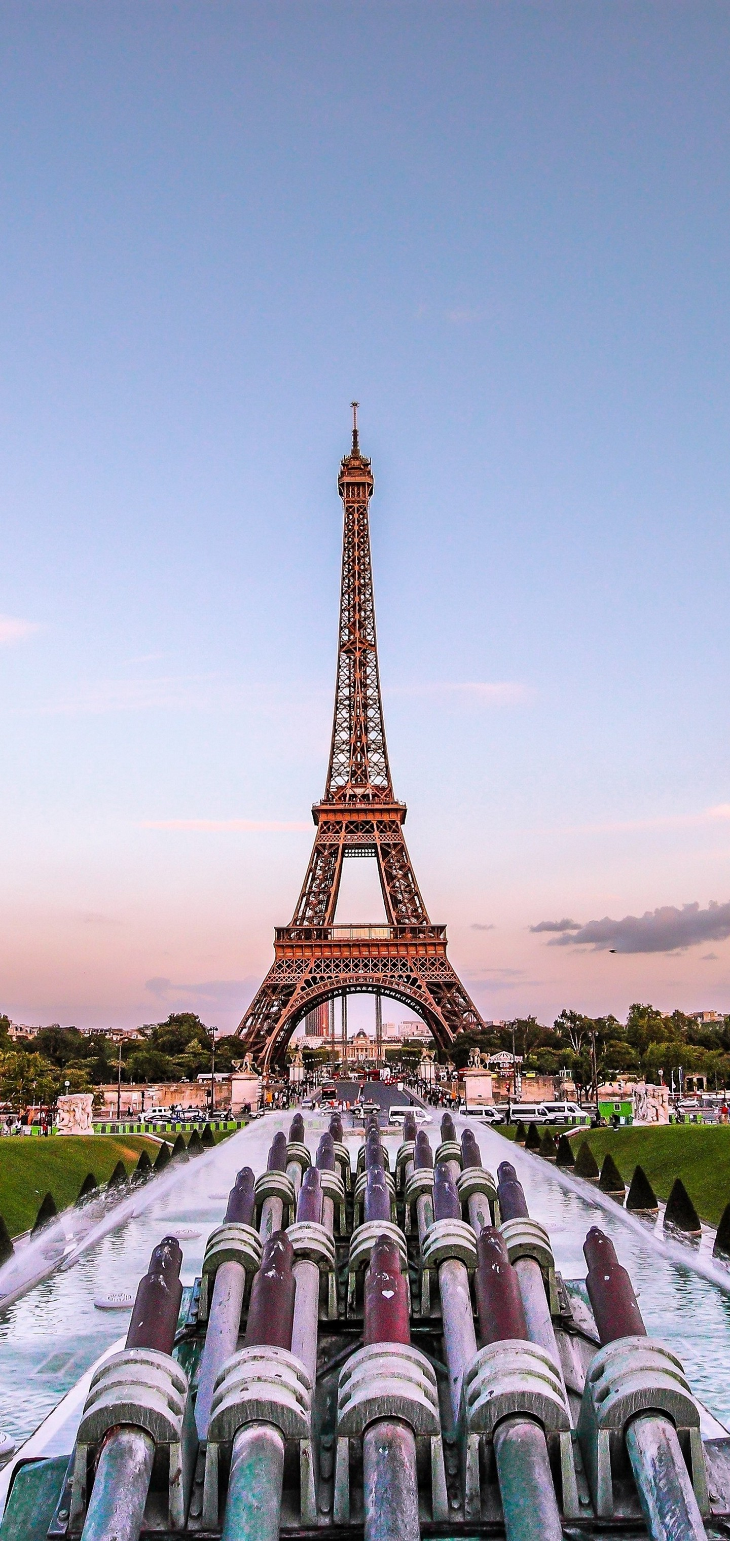 Eiffel Tower Paris Gold Evening France Wallpaper - [1440x3040]