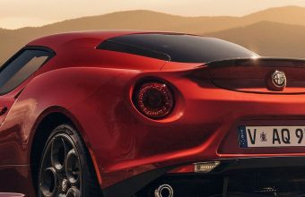 Alfa Romeo 4c Launch Edition Red 1080x2460 340x220