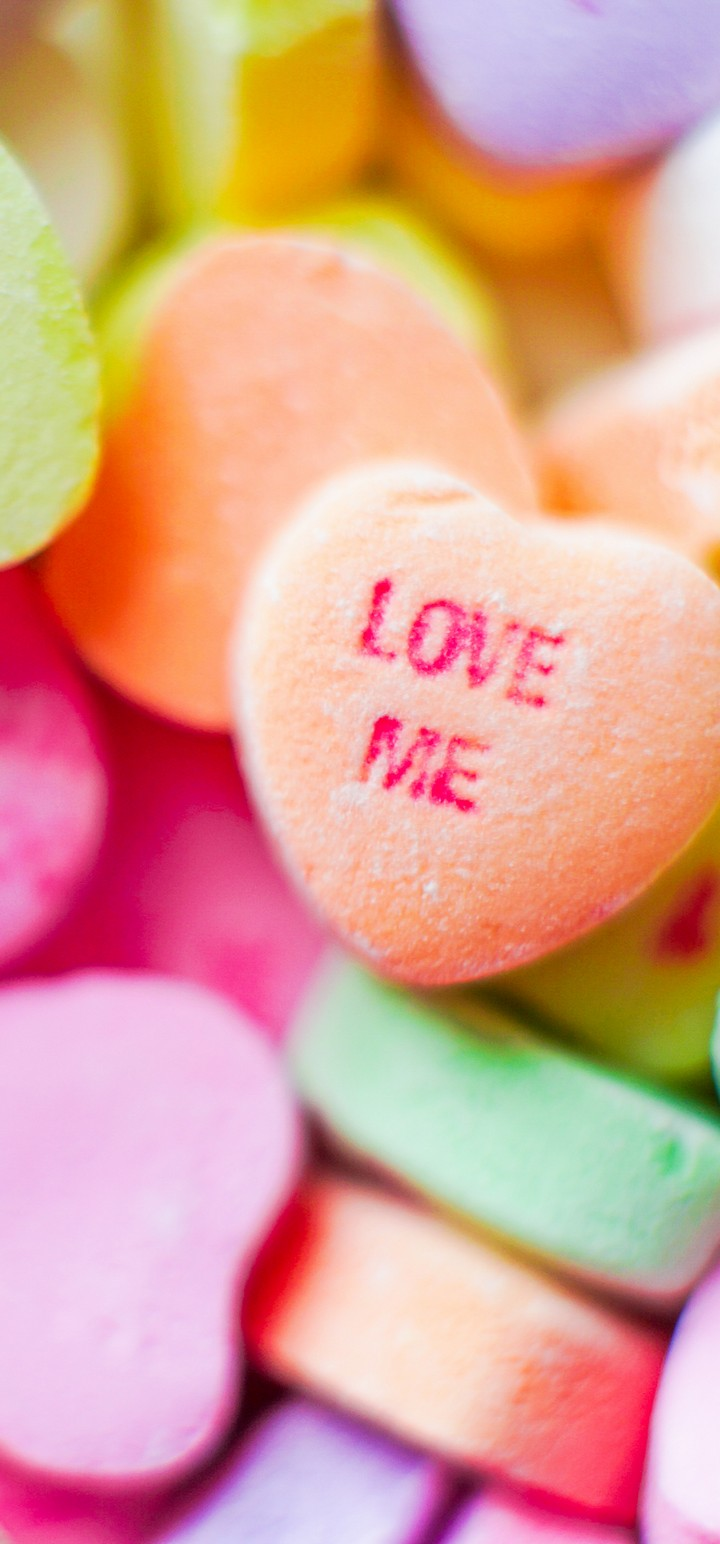 Love Me Candies Wallpaper 720x1544