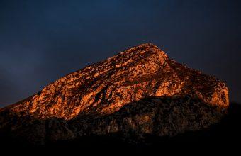 Mountain Peak Shadow Wallpaper 720x1544 340x220