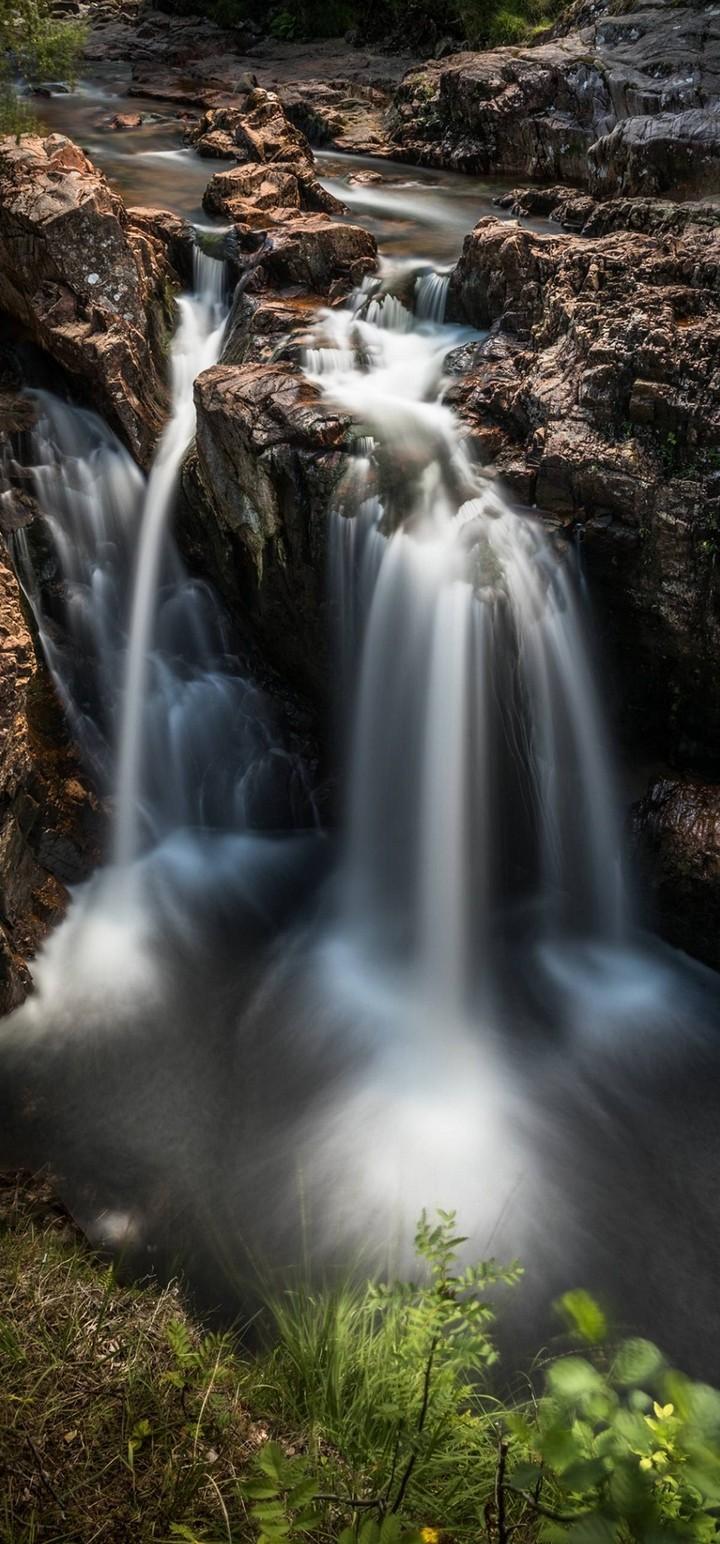 Nature Waterfall Breakage Wallpaper 720x1544