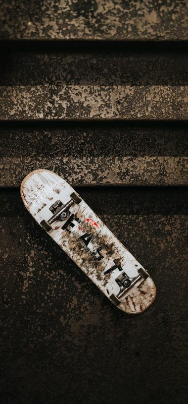 Skateboard Ladder Wheels Dirty Wallpaper 720x1544 380x815