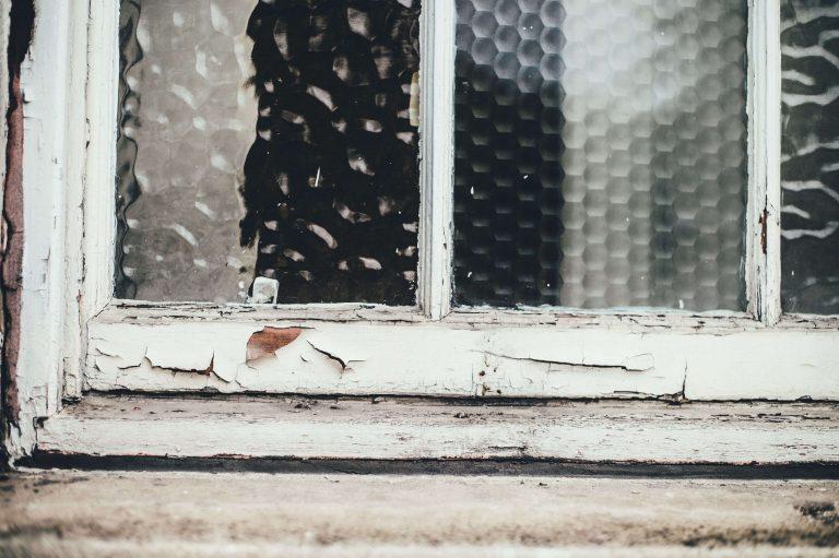 Broken Glass Wallpaper 01 3999x2662 768x511