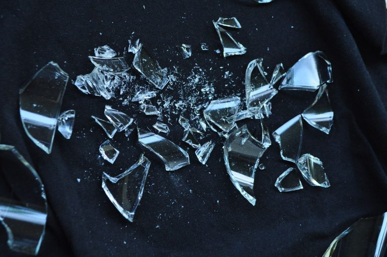 Broken Glass Wallpaper 14 1920x1275 768x510