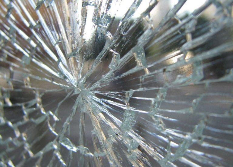 Broken Glass Wallpaper 27 1280x920 768x552