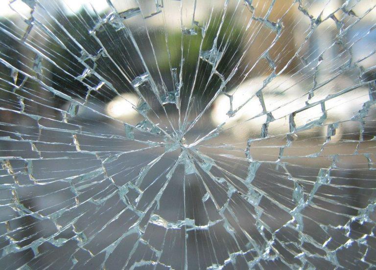 Broken Glass Wallpaper 28 1280x920 768x552