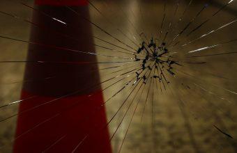 Broken Glass Wallpaper 33 1280x850 340x220