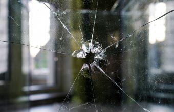 Broken Glass Wallpaper 39 1920x1280 340x220