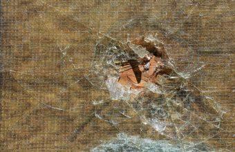 Broken Glass Wallpaper 41 1920x1279 340x220