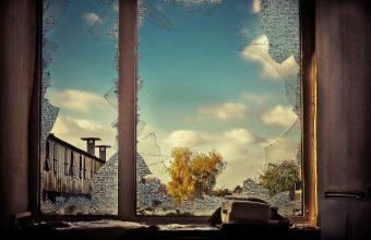 Broken Glass Wallpaper 61 1920x1279 340x220