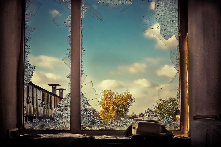 Broken Glass Wallpaper 61 1920x1279 768x512