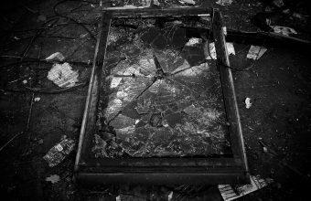 Broken Glass Wallpaper 62 1920x1280 340x220