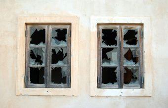 Broken Glass Wallpaper 66 2931x1972 340x220