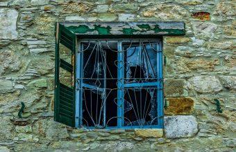 Broken Glass Wallpaper 81 1920x1279 340x220