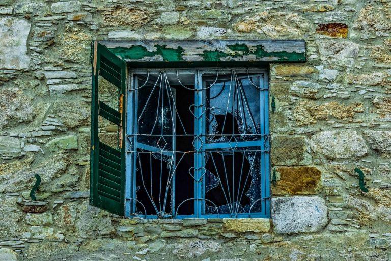 Broken Glass Wallpaper 81 1920x1279 768x512