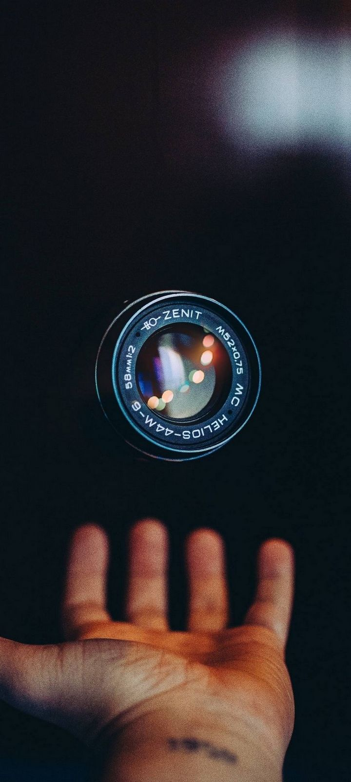 Lens Hand Camera Technology Wallpaper 720x1600