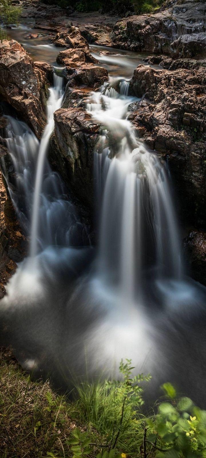 Nature Waterfall Breakage Wallpaper 720x1600
