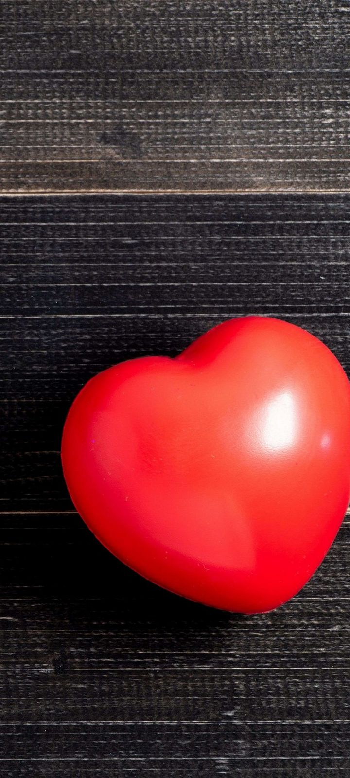 Red Love Heart Simple Wallpaper 720x1600