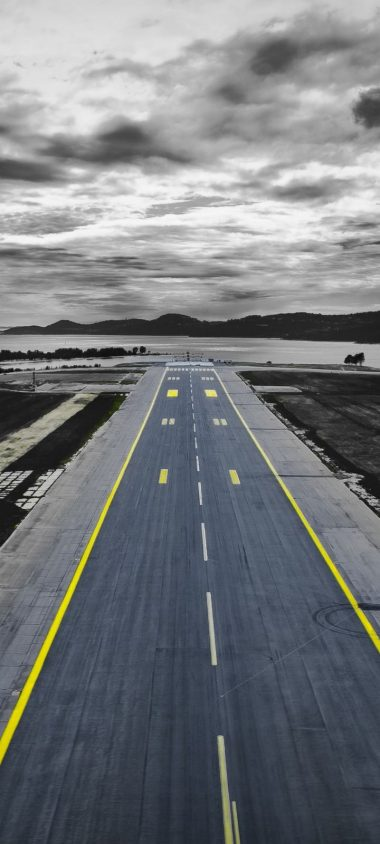 Road Markings Overcast Wallpaper 720x1600 380x844