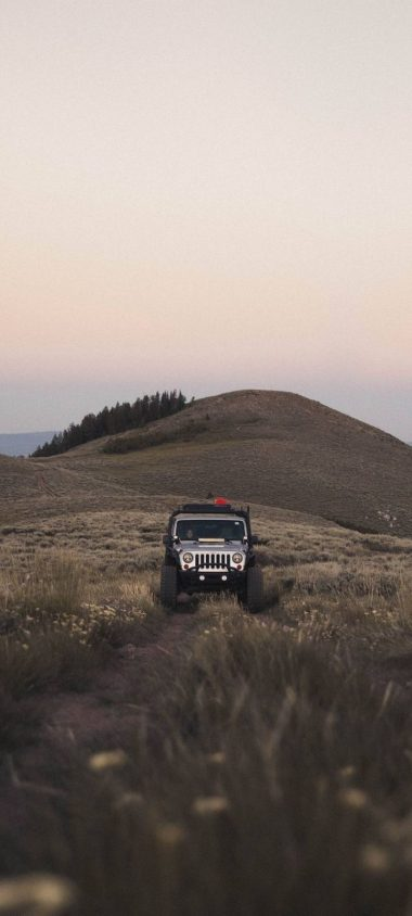 SUV Mountain Car Wallpaper 720x1600 380x844