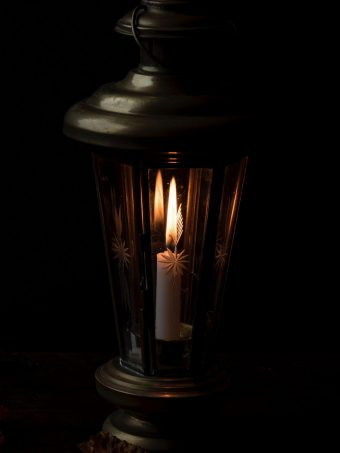 Candle Night Lamp Wallpaper 1620x2160 1 340x453