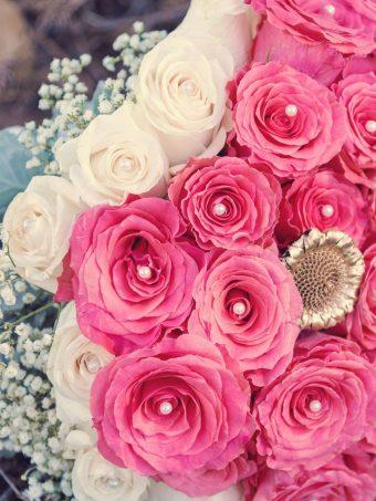 Roses Bouquet Composition Decoration Wallpaper 1620x2160 1 340x453